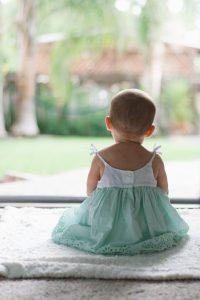 Banho de sol em bebê ajuda a ativar Vitamina D
