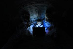 Criança e internet: a que tipo de conteúdo eles estão expostos?